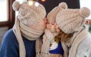 День семьи, любви и верности: свитер спицами в подарок