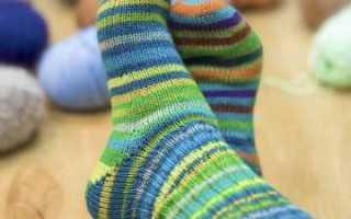Как связать спицами носки с пяткой бумеранг описано в пошаговом мастер-классе