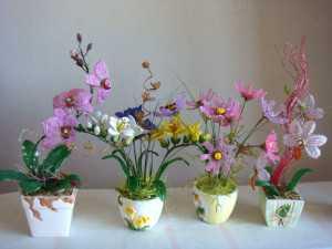 cvetochnye_kompozicii_iz_bisera