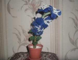 Синяялилия из бисера для начинающих